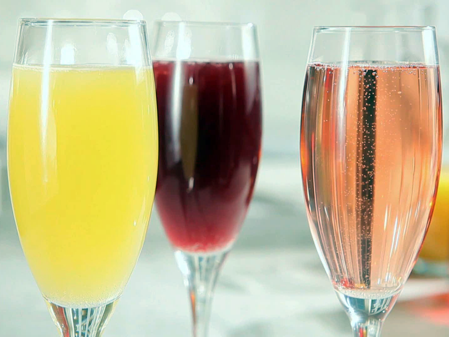 sh1503h_sparkling-juice-bar-blueberry-peach-apple-cranberry-and-orange-pineapple_s4x3